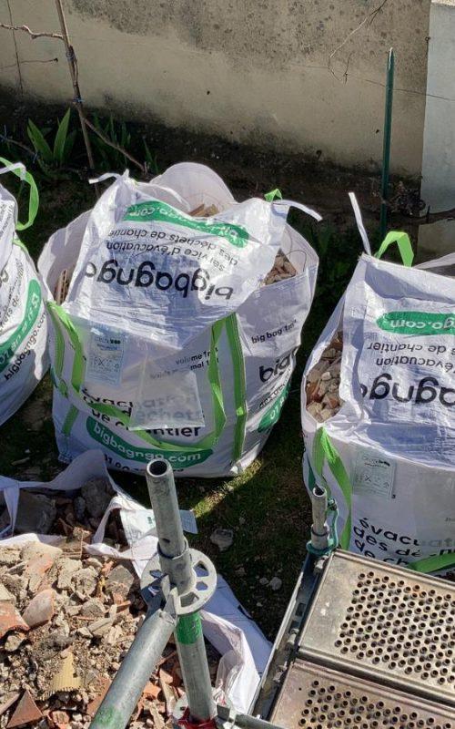 plusieurs big bags remplis permettant la valorisation des déchets